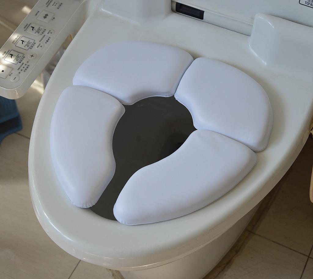 4750163d0d Kids Baby Toddler Travel Folding Padded Potty Seat Cushion Toilet Training